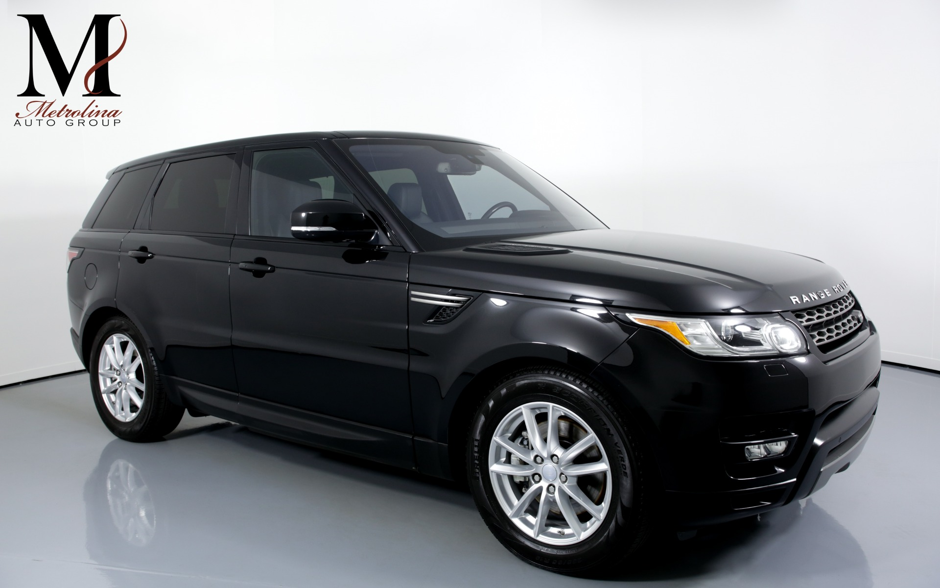 Used 2016 Land Rover Range Rover Sport SE AWD 4dr SUV for sale Sold at Metrolina Auto Group in Charlotte NC 28217 - 1
