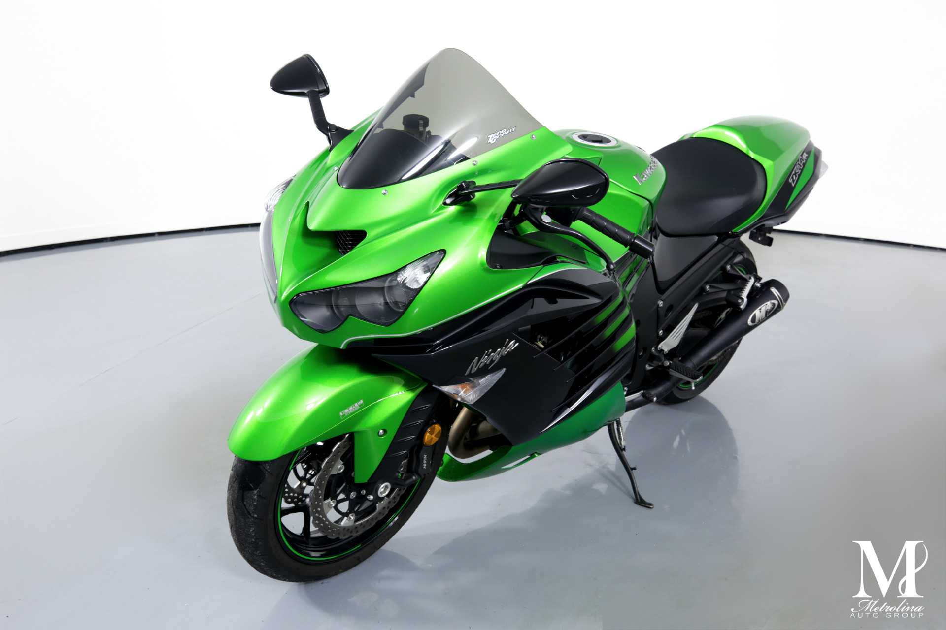 Used 2016 KAWASAKI ZX14 for sale $8,696 at Metrolina Auto Group in Charlotte NC 28217 - 4