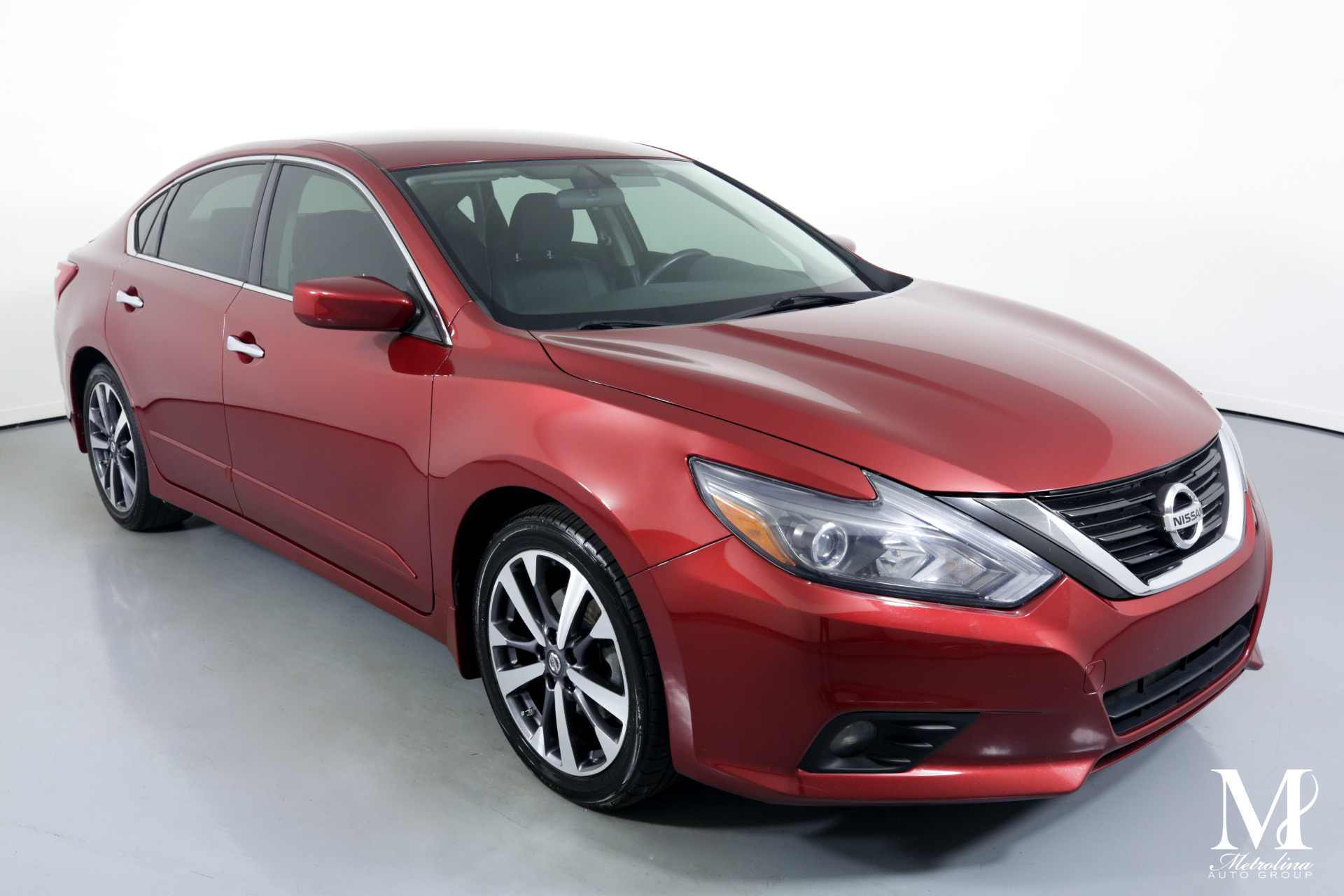 Used 2016 Nissan Altima 2.5 SR for sale $11,996 at Metrolina Auto Group in Charlotte NC 28217 - 2