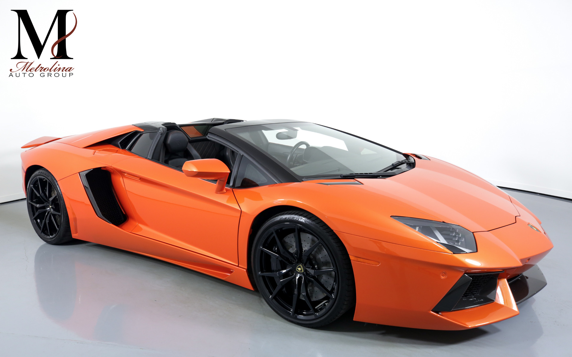 Used 2015 Lamborghini Aventador LP 700-4 for sale $399,996 at Metrolina Auto Group in Charlotte NC 28217 - 1
