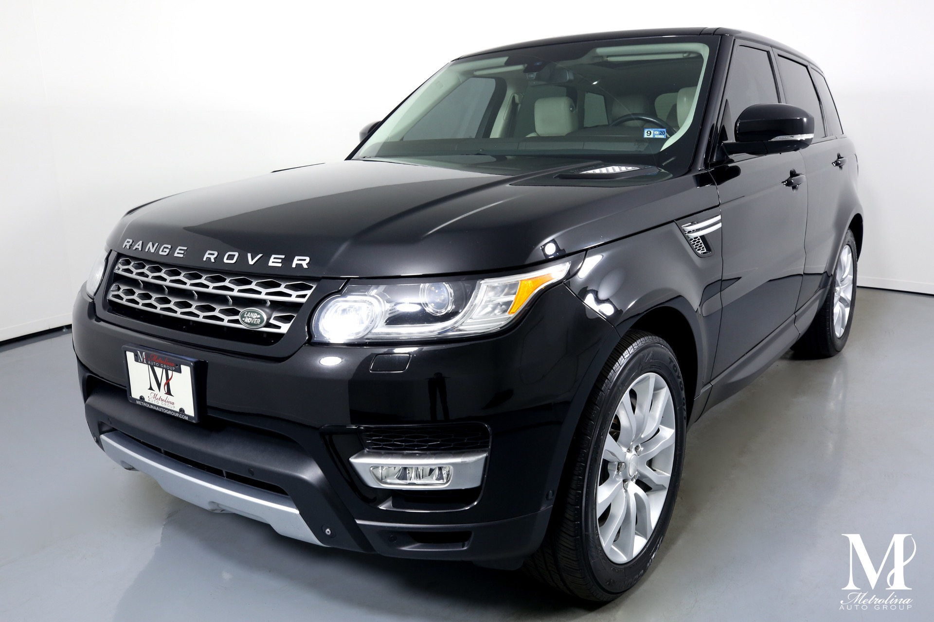 Used 2014 Land Rover Range Rover Sport Supercharged for sale $29,996 at Metrolina Auto Group in Charlotte NC 28217 - 4