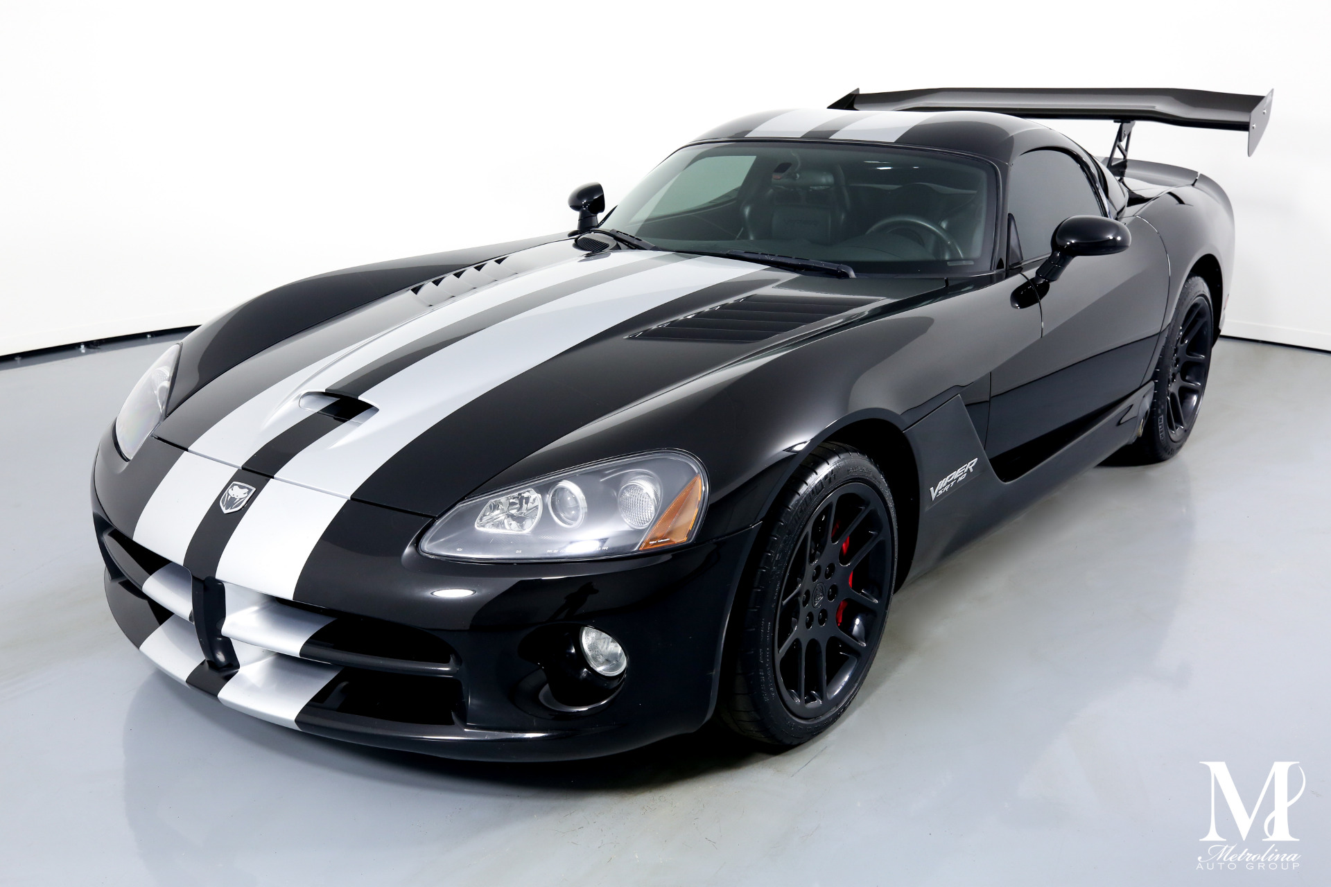 Used 2006 Dodge Viper SRT-10 for sale $64,996 at Metrolina Auto Group in Charlotte NC 28217 - 4