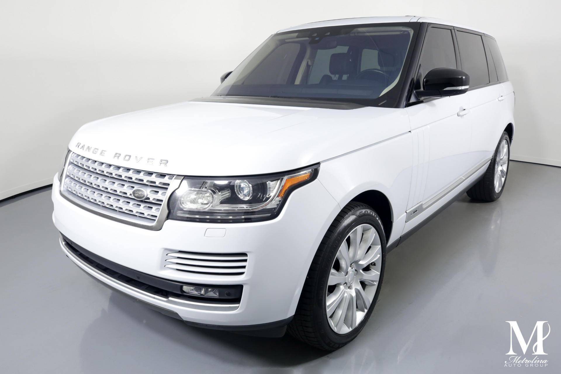 Used 2017 Land Rover Range Rover Supercharged LWB for sale $69,996 at Metrolina Auto Group in Charlotte NC 28217 - 4