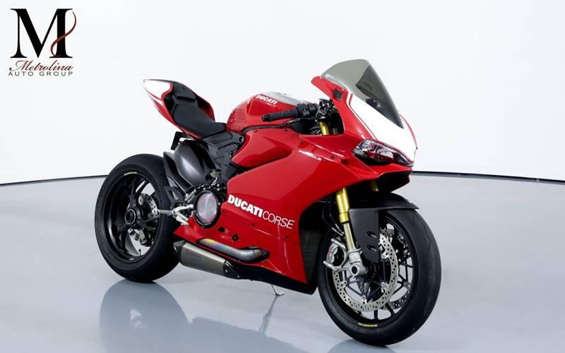 Used 2017 Ducati PANIGALE R for sale Sold at Metrolina Auto Group in Charlotte NC 28217 - 1