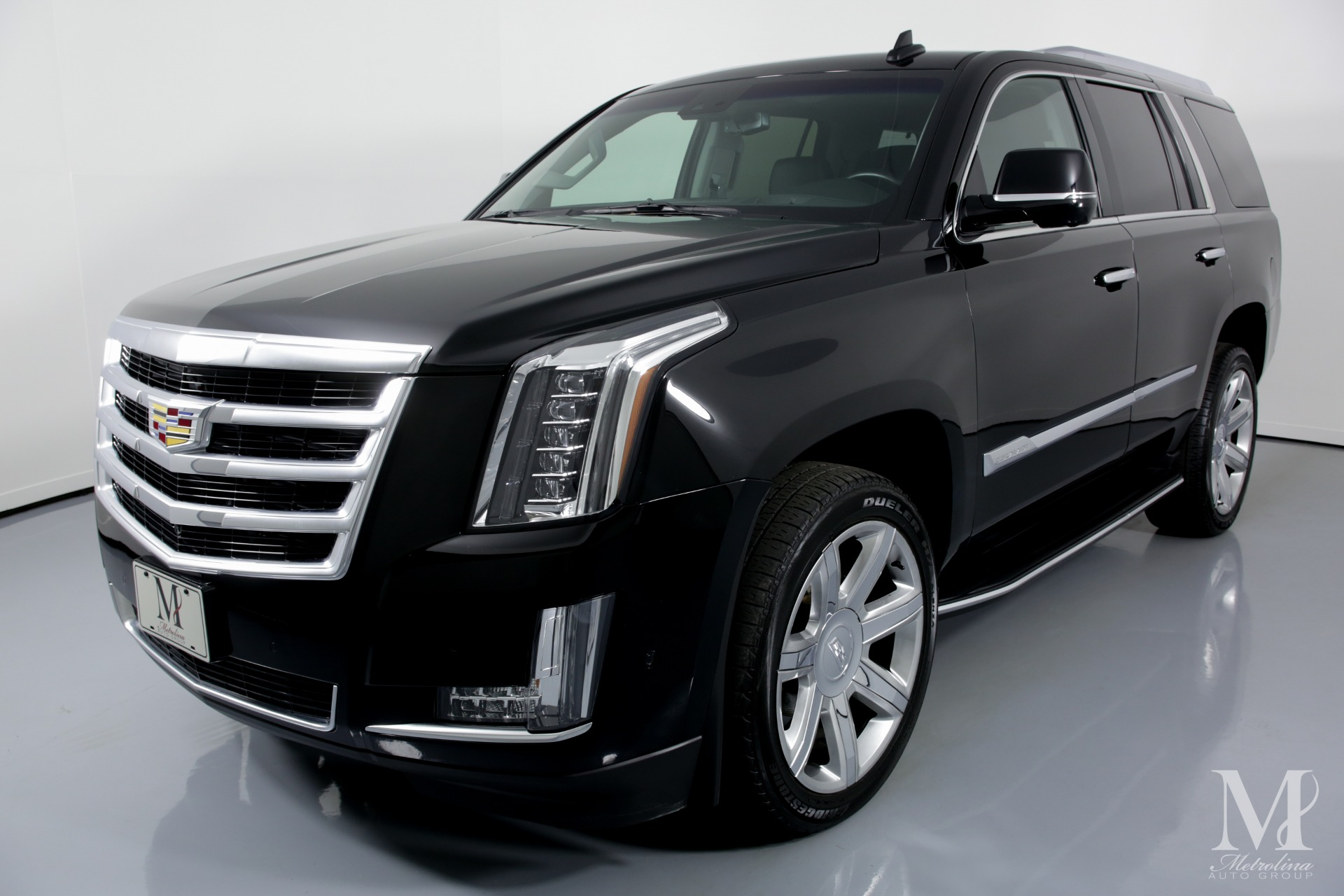 Used 2017 Cadillac Escalade Luxury 4x4 4dr SUV for sale $44,996 at Metrolina Auto Group in Charlotte NC 28217 - 4